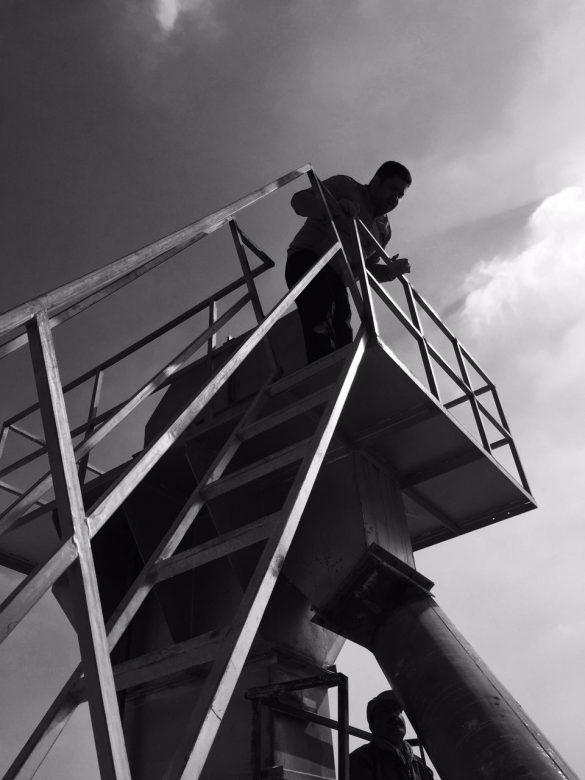 IMG 2016 07 28 205657 585x780 - اهمیت گچ در صنعت ساختمان